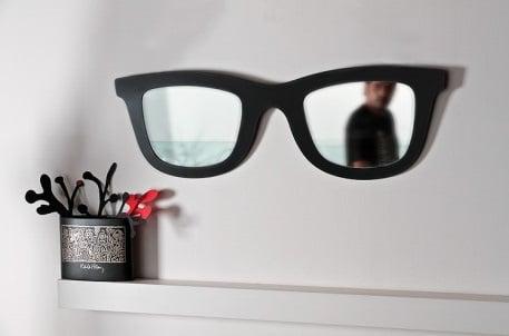 Miroirs de designer -Le miroir Ray Ban by Laura Ellero et Mauro Bassani