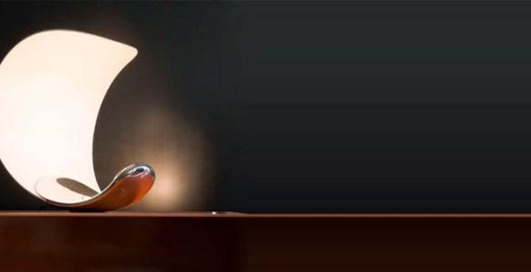 Sebastian Bergne lampe à poser Curl