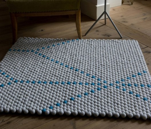 Le tapis Dot Big Blue by Scholten et Baijings