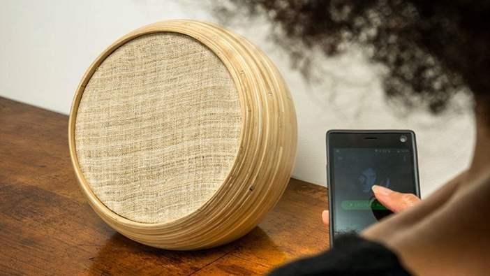 Enceintes design - L'enceinte connectée design en bambouHazang