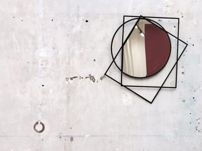 miroir mural Prego de Sam Baron