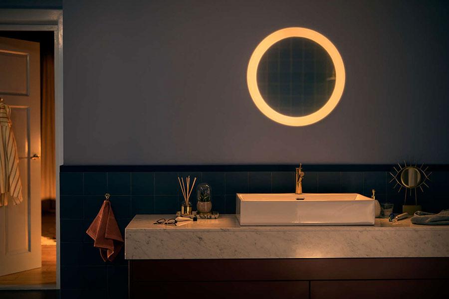 Philips Hue Adore Un Miroir De Salle De Bain Intelligent