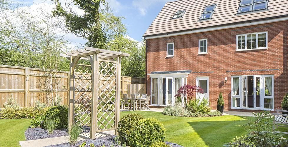 Quelle clôture choisir pour sécuriser votre jardin clôtures brise-vue