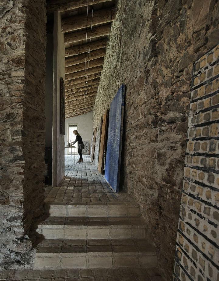 Joan Lao Design Studio dévoile la rénovation de cette ferme centenaire 3