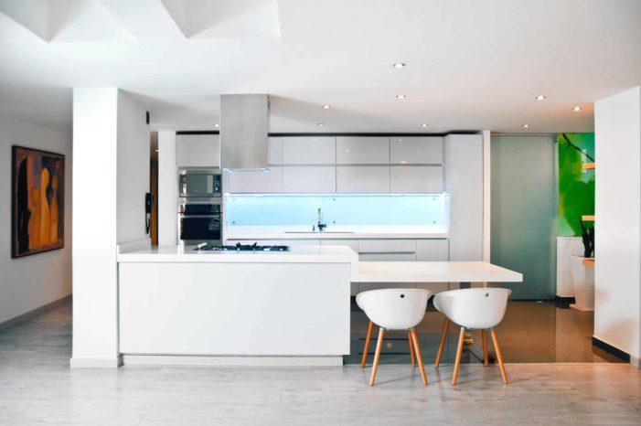 Décorer une petite cuisine à l'aide de quelques astuces déco simples 9