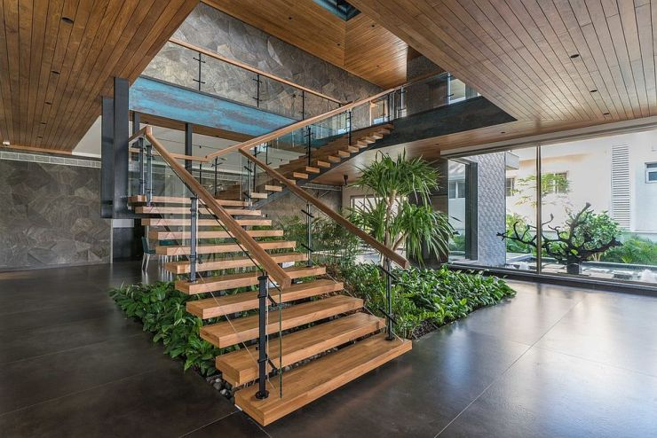 Comment utiliser l'espace sous l'escalier de votre maison 6