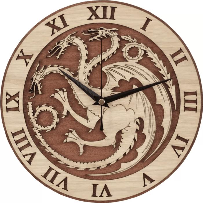 Déco de Game of Thrones horloge en bois – 39,38 dollars