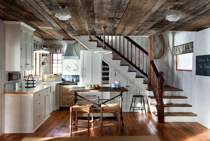 Un plafond en bois dans la cuisinechaleur et élégance garantie