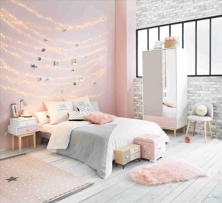 Décorer une chambre d'enfant pour une fille