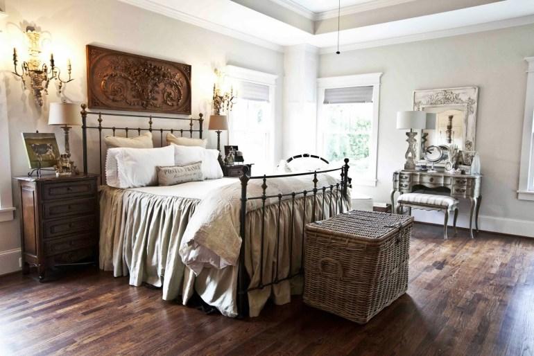 Décoration de chambre à la françaisele bois