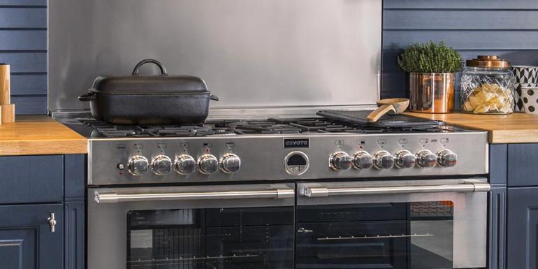 Comment bien choisir son piano de cuisson professionnel à la maison