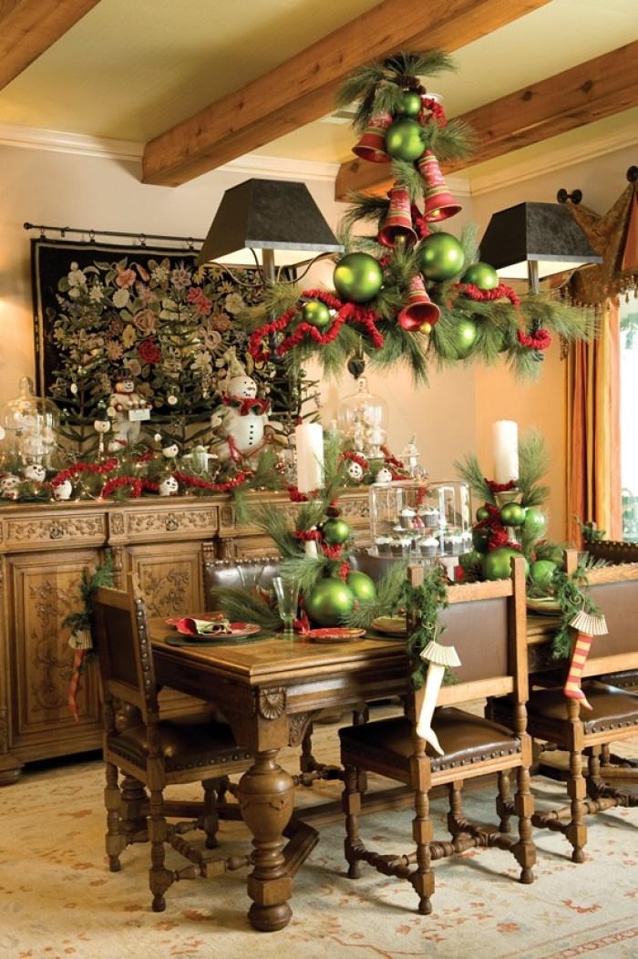De grandes décorations de Noël