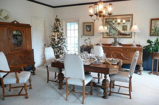 21 idées pour décorer votre salle à manger à Noël avec une touche festive 7