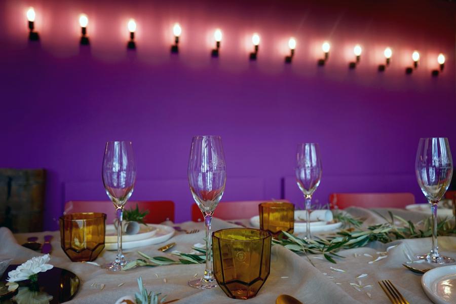 table de Noël en or