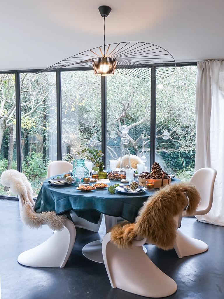Notre table de Noël chaleureuse et élégante