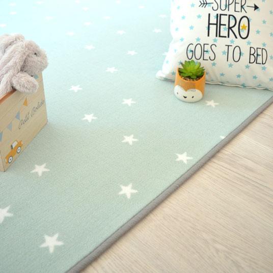 tapis sur mesure enfant etoiles vert