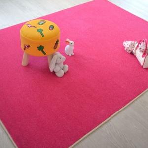tapis chambre d enfant paillete flash rose