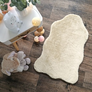 destockage tapis peau de bete imitation peau de mouton