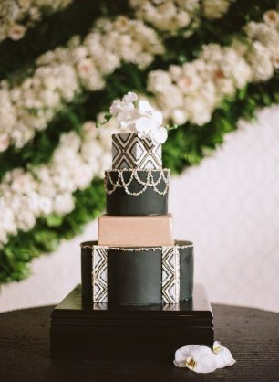 Black, Gold and White Art Deco Cake