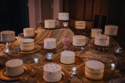Winter Wedding Mini Cakes
