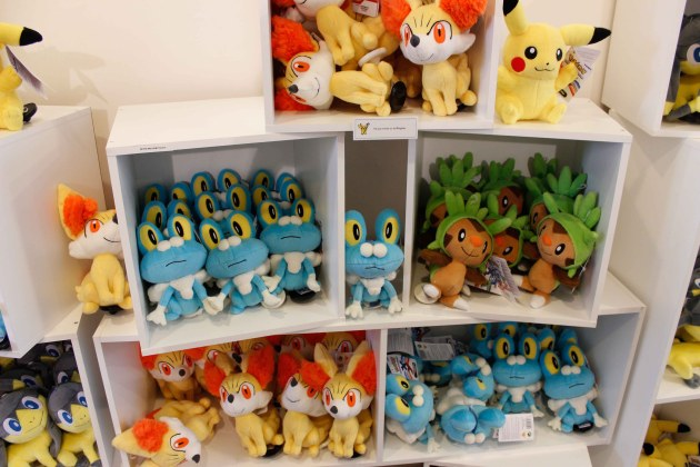 Pokemon_center_Paris-16