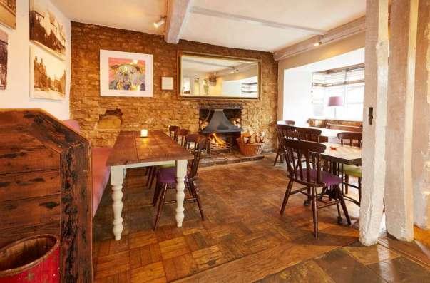 Deddington Bar and Restaurant Oxfordshire