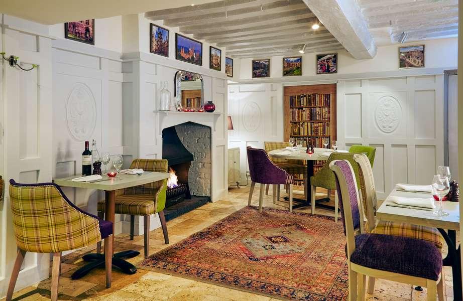 The Deddington Arms Hotel Restaurant Oxfordshire