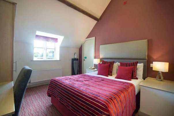 Deddington Hotel Premier Room Oxfordshire