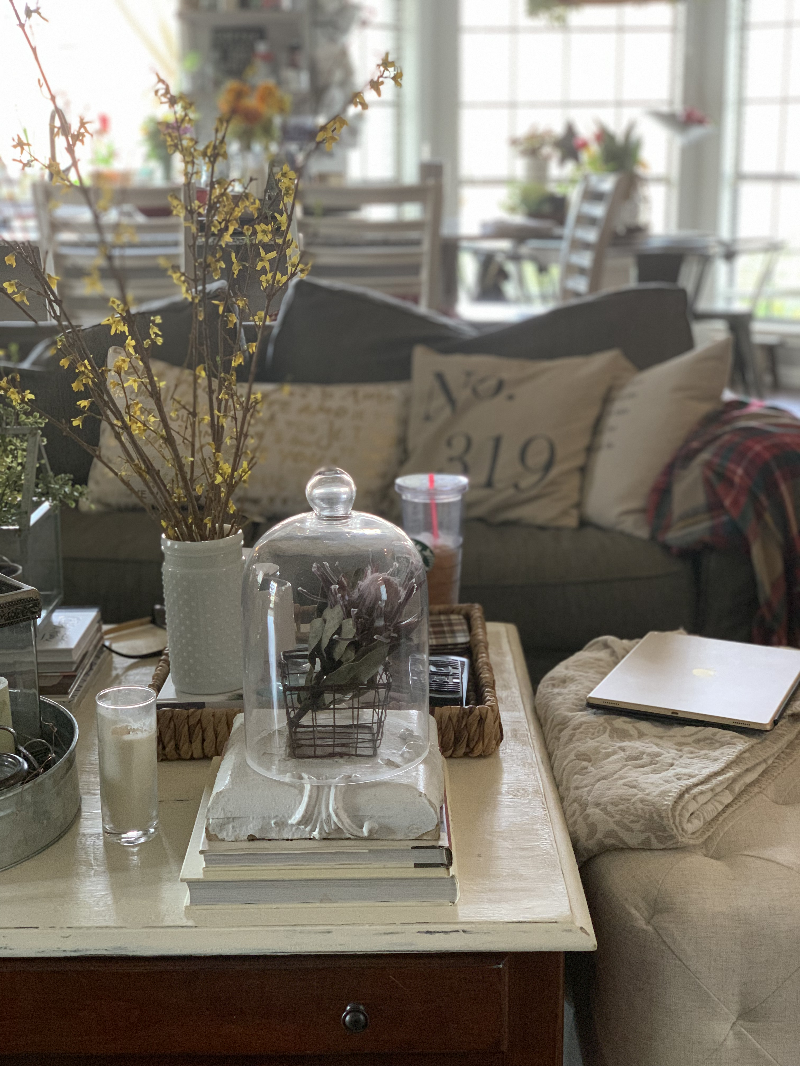 Easy Rule For Simple Decorating - dedra davis writes
