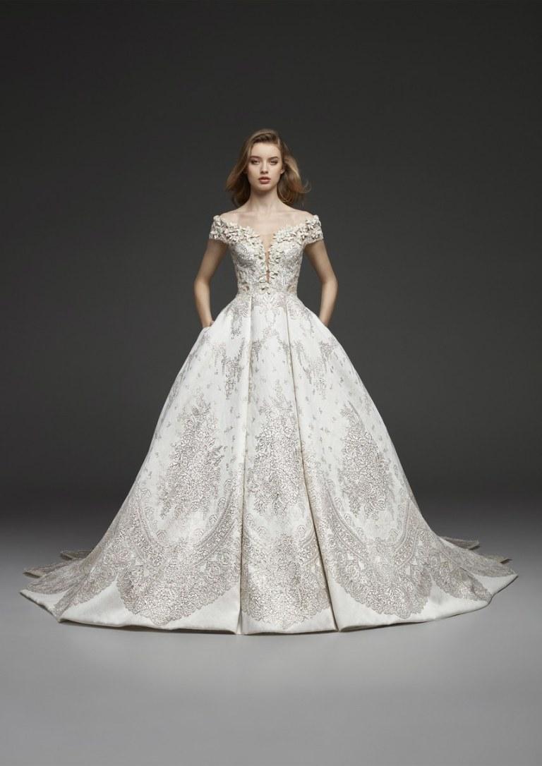 y Events | NYC 2018 Bridal Fashion Week | Pronovias I Wedding Dress