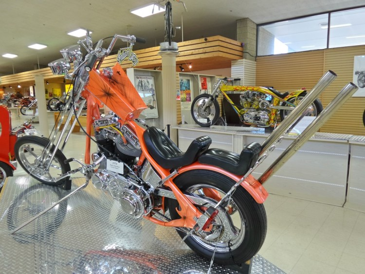 1970 Harley-Davidson custom chopper - 1