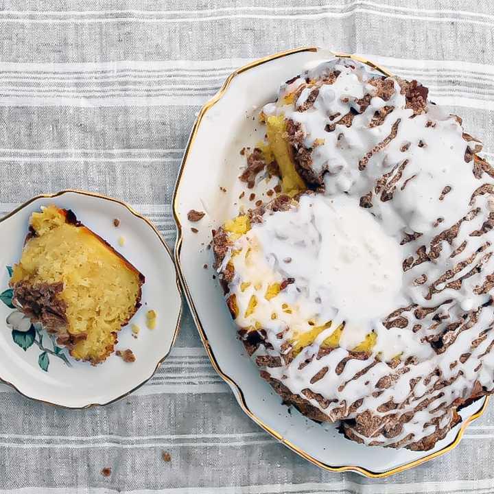 slow-cooker-coffee-cake-003-min
