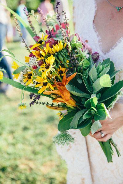 25 Chic Bohemian Wedding Bouquets Deer Pearl Flowers