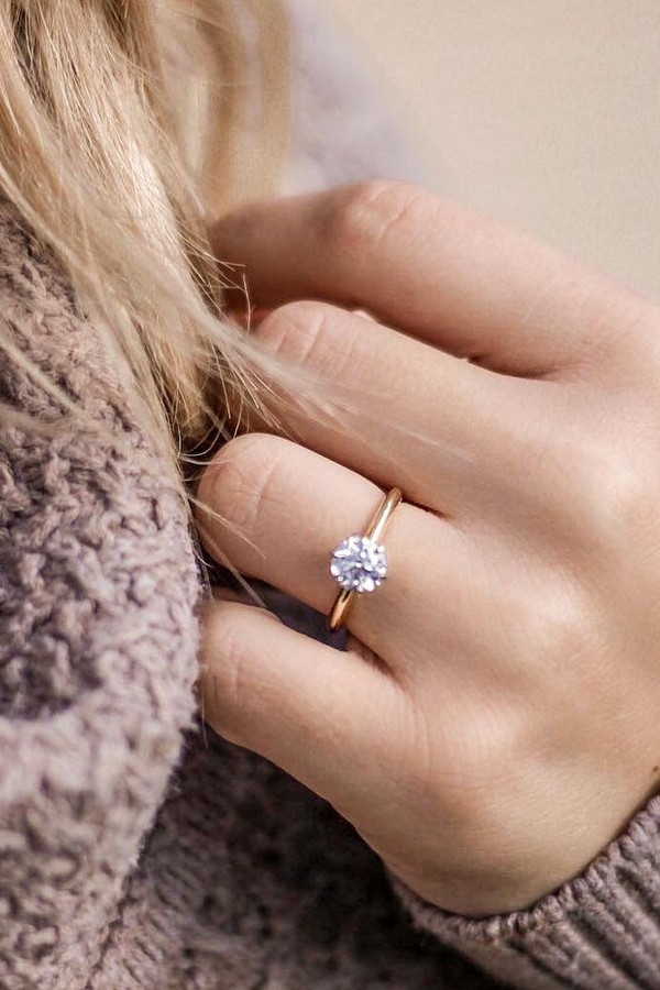 rose gold engagement rings minimalistic round