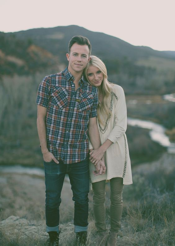 40 Cute Amp Sweet Engagement Photo And Poses Ideas Deer