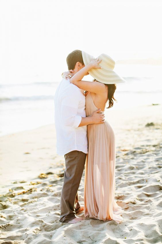 30 Romantic Beach Engagement Photo Shoot Ideas Deer