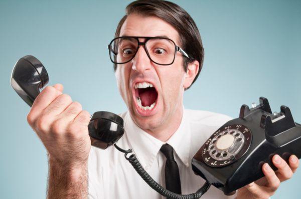 Angry-phone-call