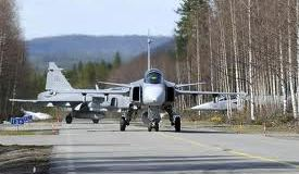 Gripen's ability to take off and land on public roads