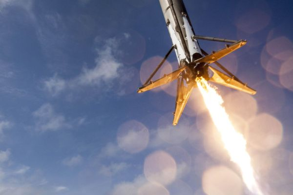 SpaceX fails to stick ocean landing after satellite launch ...