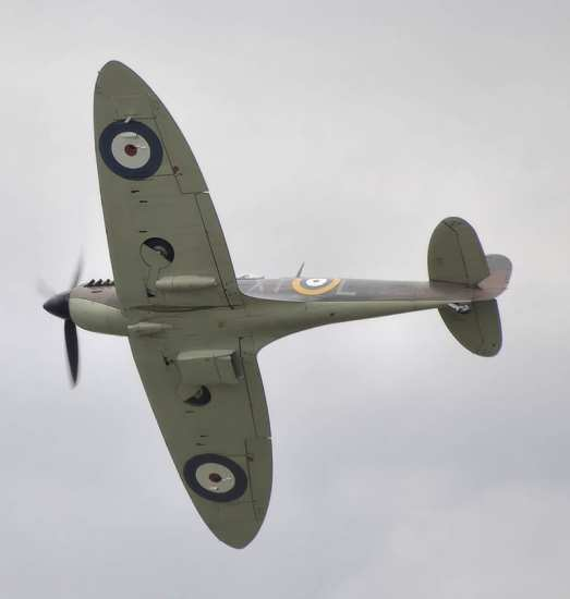 A Spitfire Mk. II shows off its elliptical wings in a right bank.