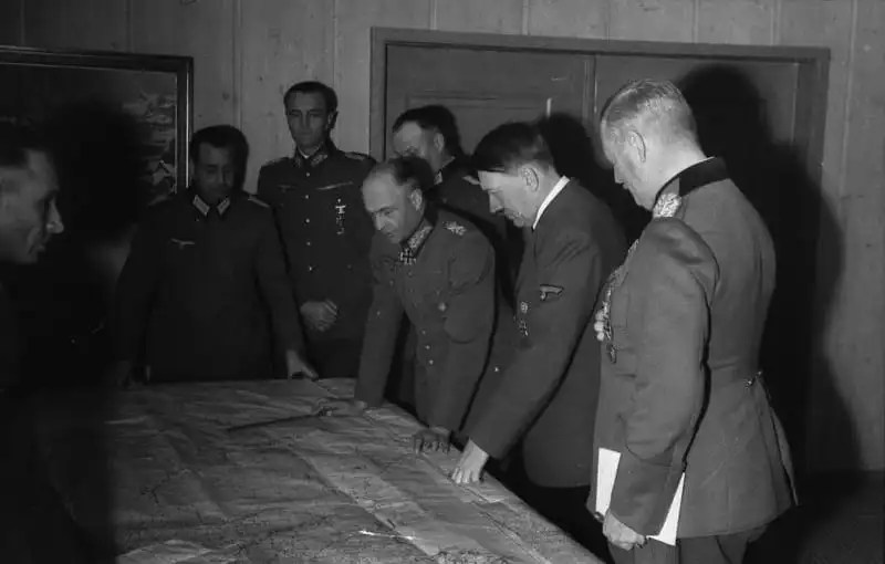 Hitler and generals in October 1941