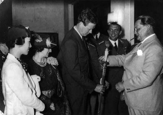 Charles Lindbergh receiving a medal from Hermann Görin