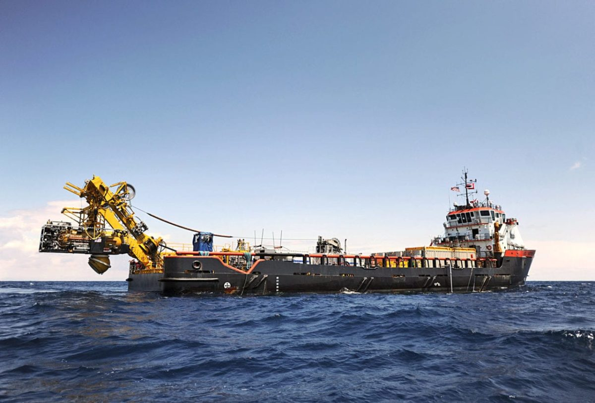 U S  Navy Submarine Rescue Diving and Recompression System