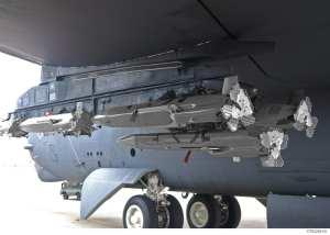 MALDs on the port inner pylon of a B-52.