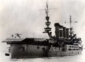Eugene Ely 1911 shipboard landing