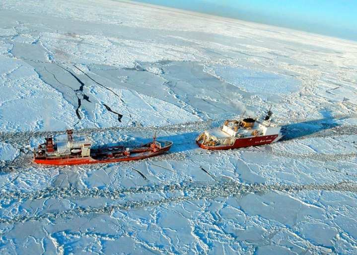 ffad7ee638f CGC Healy's Emergency Trip to Nome Raises Questions About the U.S.  Icebreaker Fleet