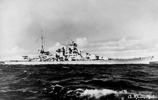 Scharnhorst under way, 1939