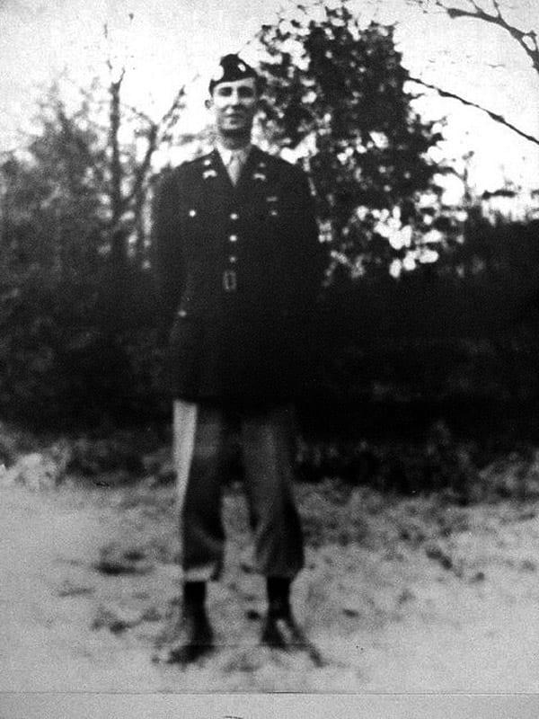 Capt. Sam-Gibbons, 501 PIR