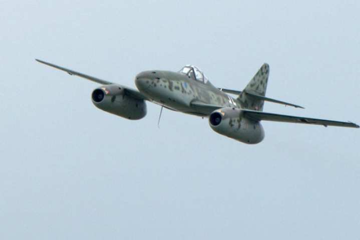 Me 262 Reproduction