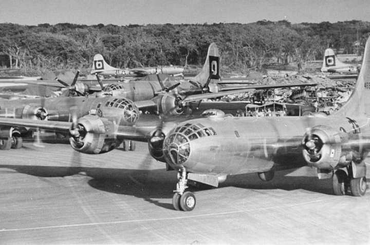 B-29s 29th BG North Field Tinian